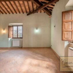 Country House with 17 Hectares To Restore 14