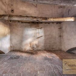 Country House with 17 Hectares To Restore 29