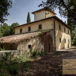 Country House with 17 Hectares To Restore 3