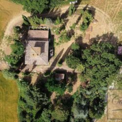 Country House with 17 Hectares To Restore 4