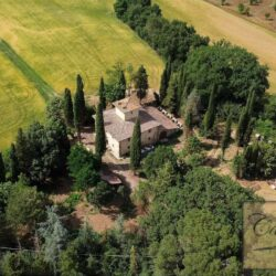 Country House with 17 Hectares To Restore 1