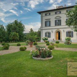 Prestigious Historic Villa with Two Swimming Pools 1