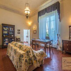 Prestigious Historic Villa with Two Swimming Pools 7