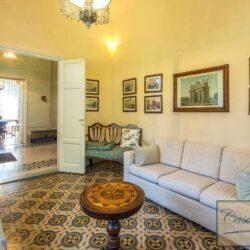 Prestigious Historic Villa with Two Swimming Pools 12