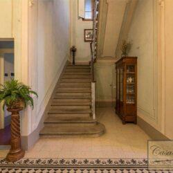 Prestigious Historic Villa with Two Swimming Pools 17
