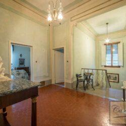 Prestigious Historic Villa with Two Swimming Pools 18