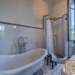 Prestigious Historic Villa with Two Swimming Pools 25