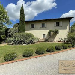 Beautiful House with Restored Barn and Pool 34