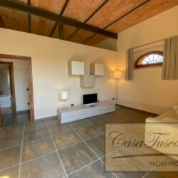 1 Bedroom Apartment in an Amazing Historic Castle5