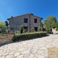 Stone House with Pool for sale near Piegaro 3